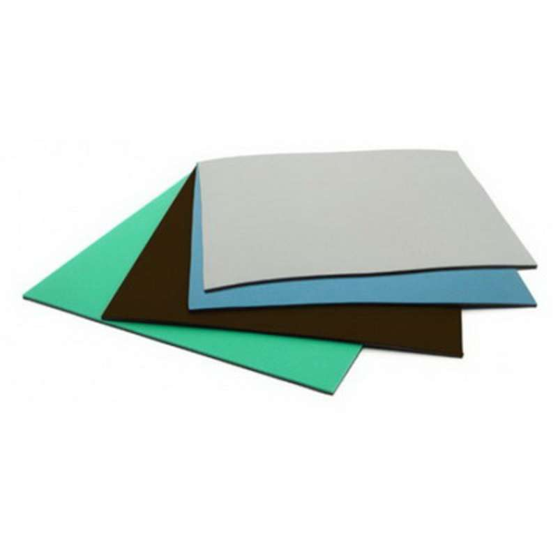 Dissipative 3 Layer Rubber Mat with Snap and Ground, Green, 2' x 5' x 1/8""