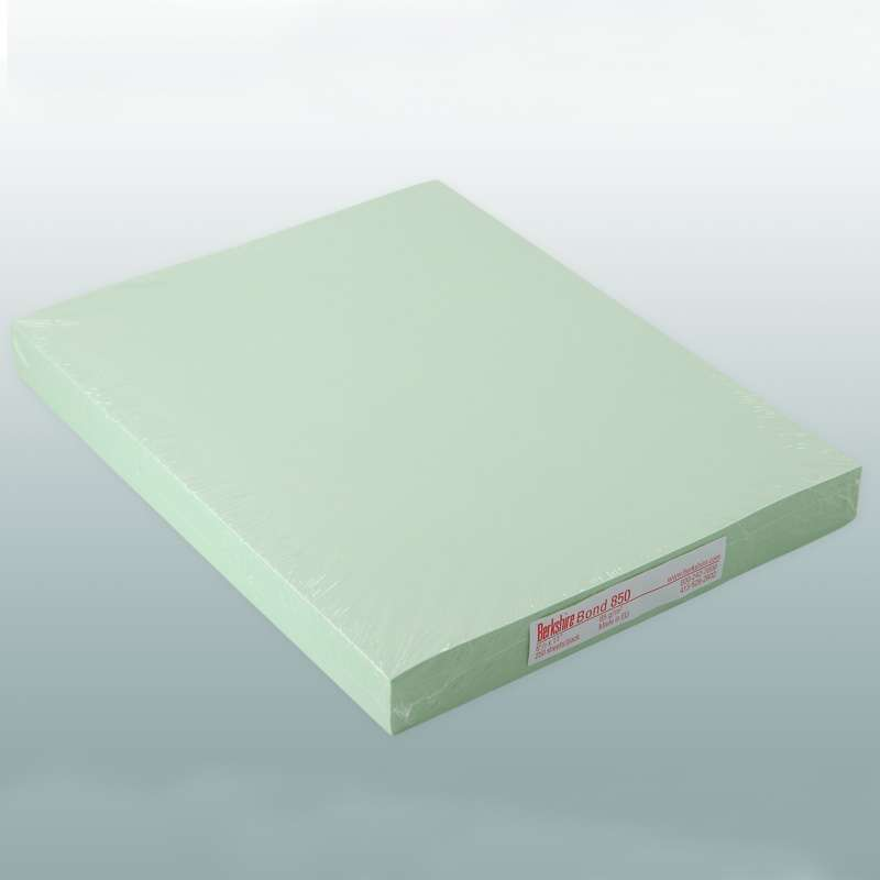 "BCR™ Bond 850 Cleanroom Copy Paper, 8-1/2 x 11"", Green, 250 Sheet per Package"